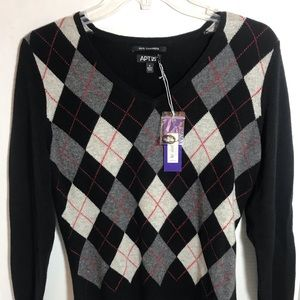 Apt 9 100% Cashmere Vneck argyle sweater small.